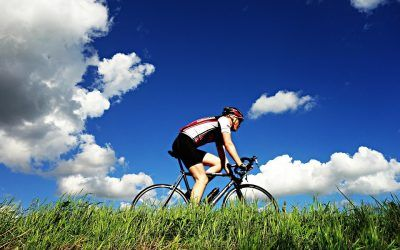 Ciclismo: beneficios y prevención de lesiones